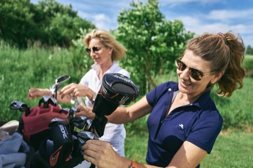 sidebar-LOWRES Golfclub-L1000827